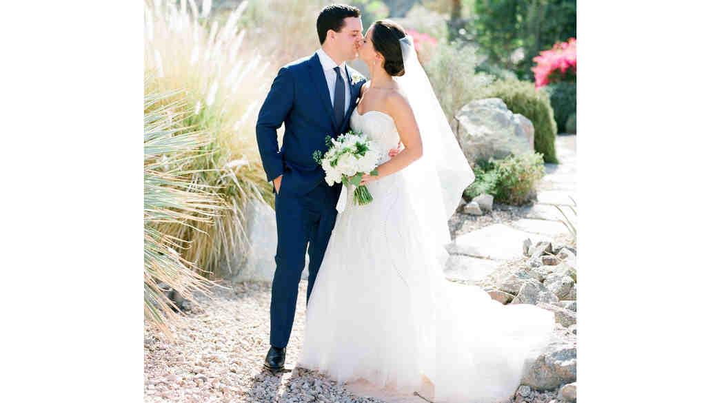 A Retro-Modern Yellow-and-Blue California Wedding
