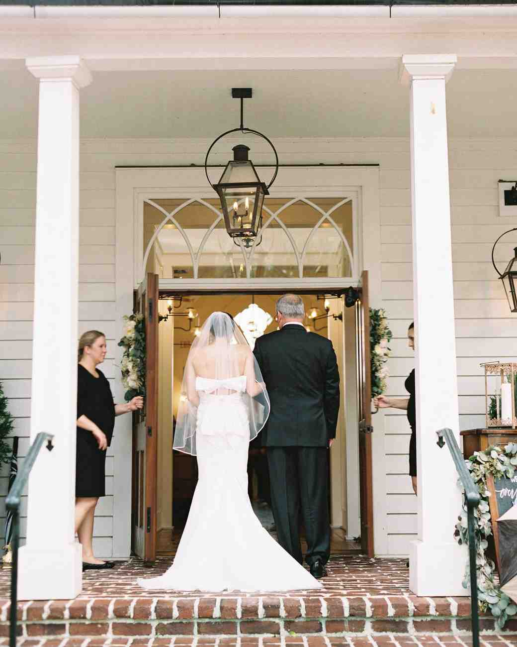 taylor-john-wedding-dad-processional-70-s113035-0616.jpg