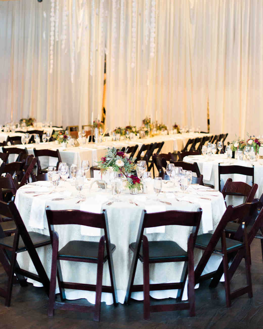 tiffany-nicholas-wedding-roundtable-125-s111339-0714.jpg