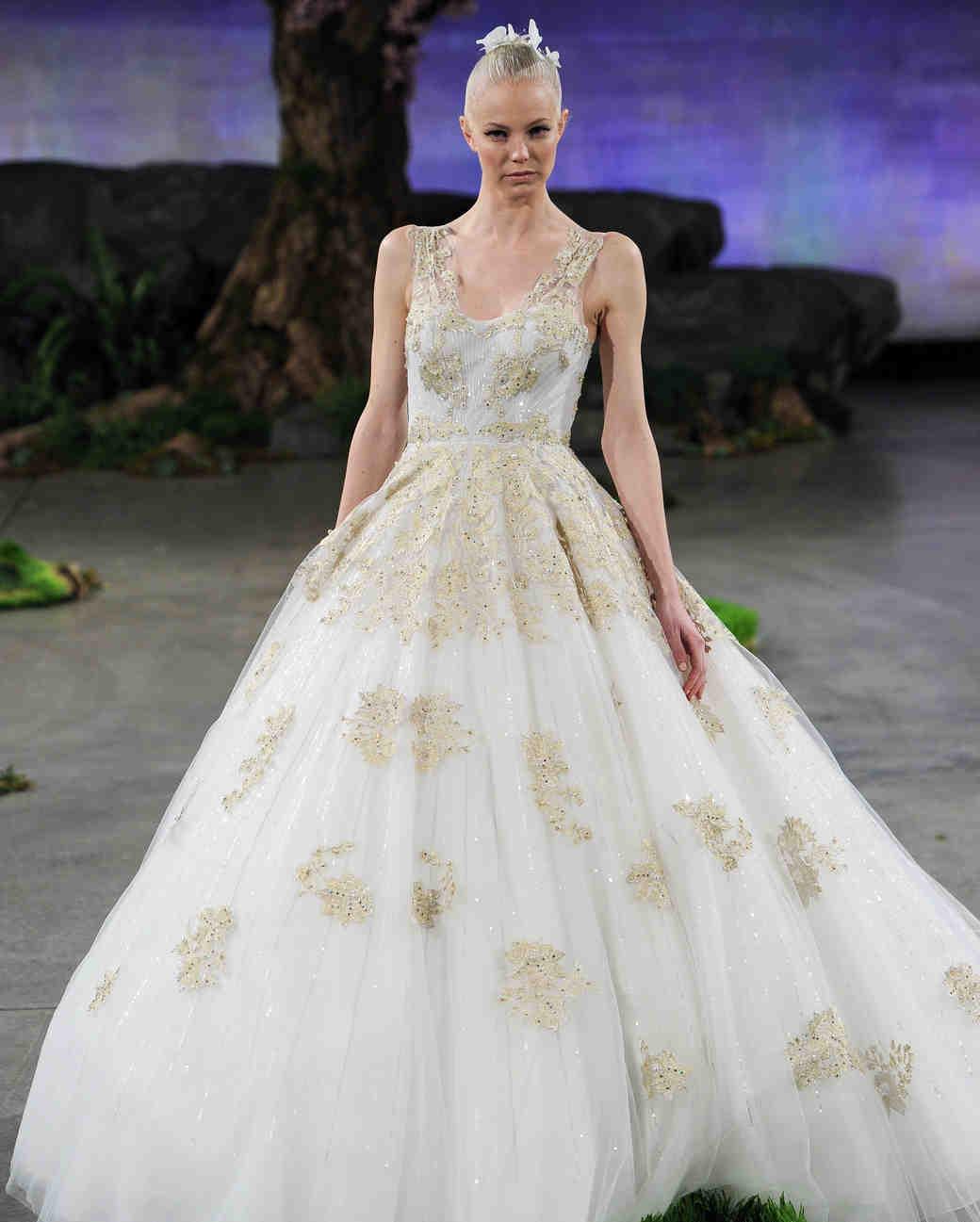 50-states-wedding-dresses-nebraska-ines-di-santo-0615.jpg