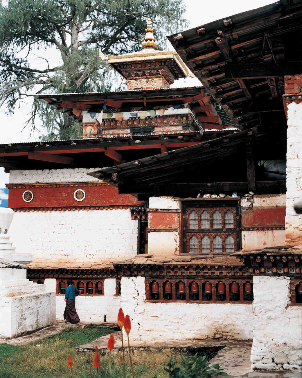 adventurous-ways-to-marry-uma-ubud-kyichu-temple-1215.jpg