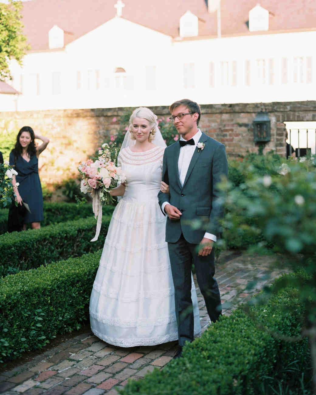 jessica-graham-wedding-processional-0086-s112171-0915.jpg