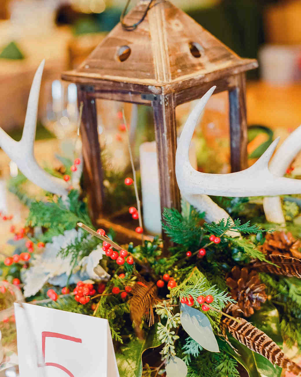 7 Genius Hacks to Make Your Wedding Smell Like the Holidays