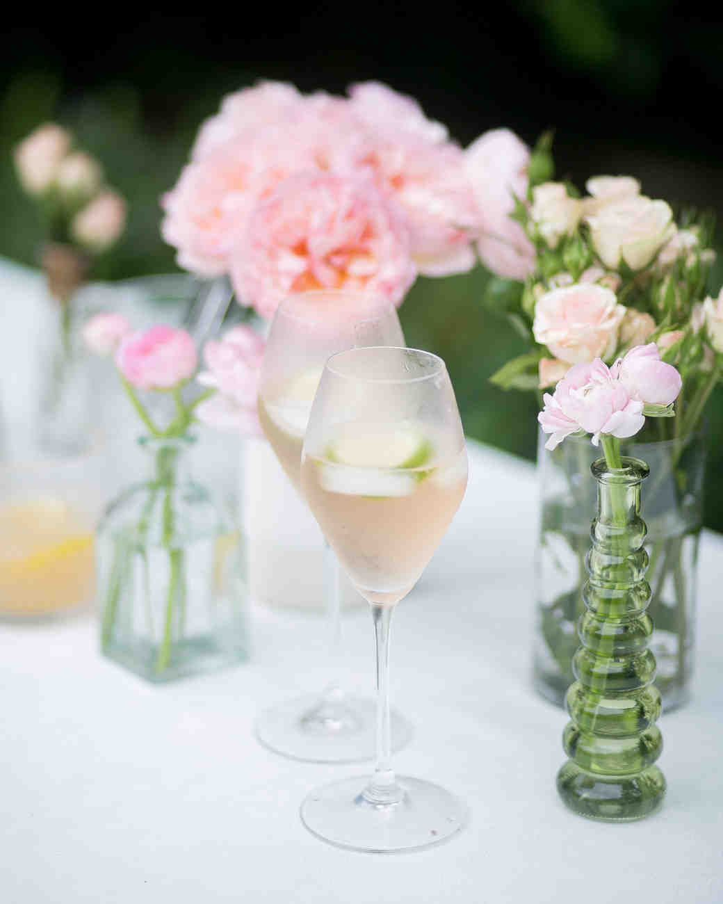 fashionable-hostess-bridal-shower-sangria-flowers-0416.jpg