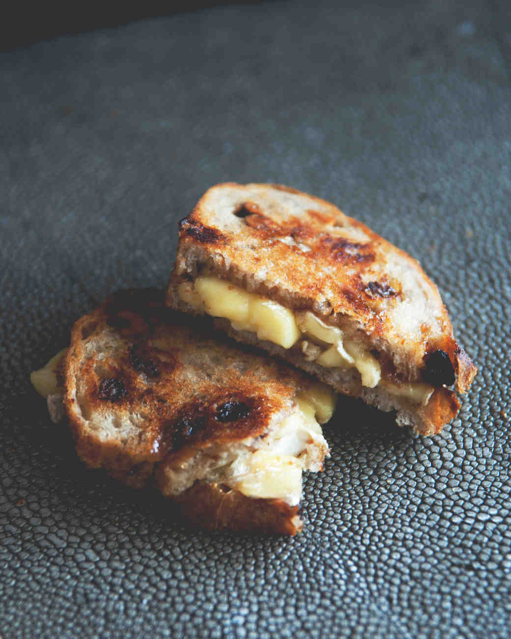 claire-thomas-valentines-day-lunch-grilled-cheese-2-0215.jpg