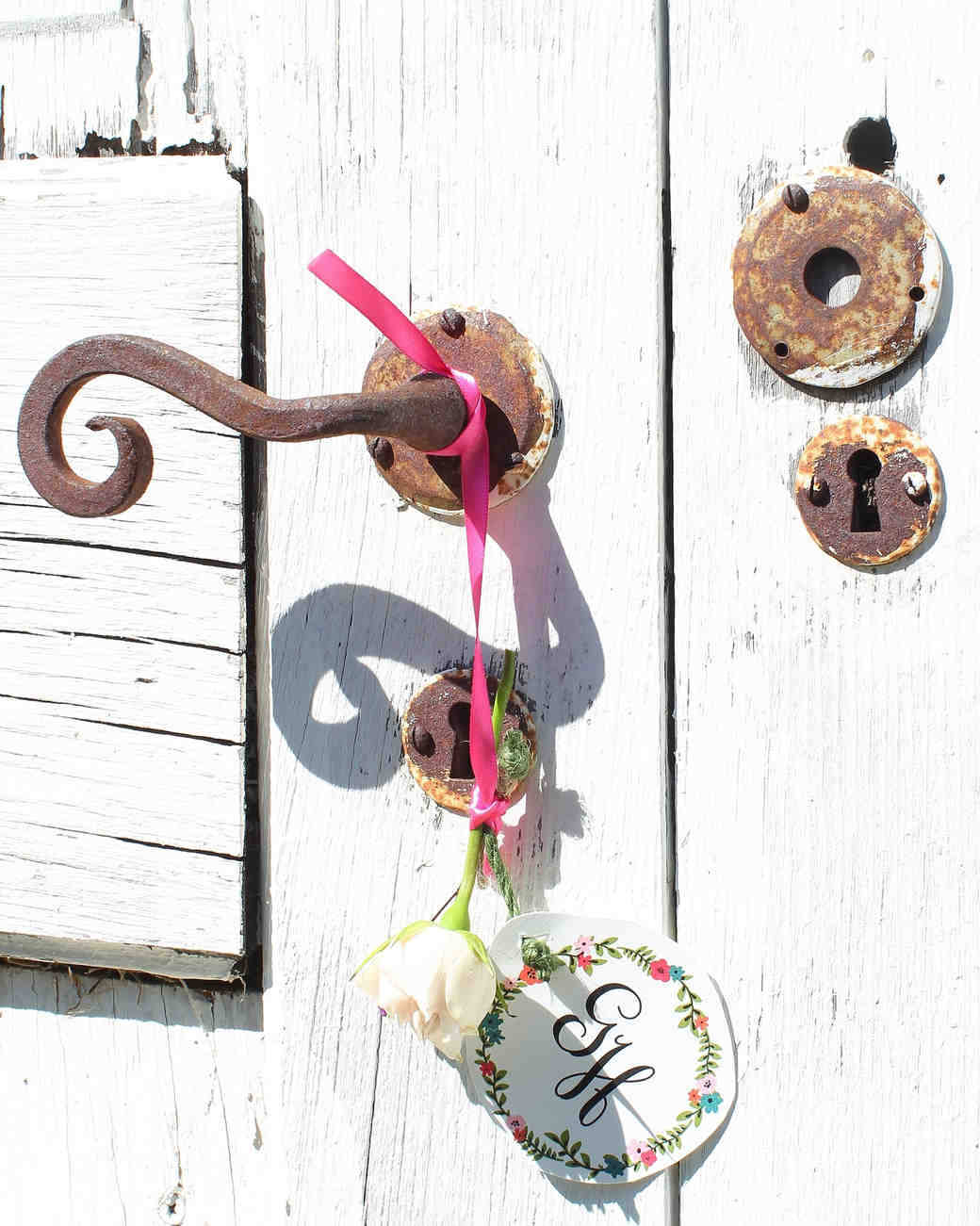 geri-hirsch-bridal-shower-tea-party-doorknob-ribbon-0315.jpg