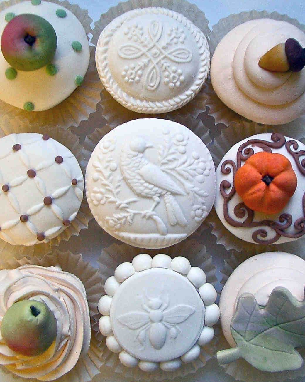 learn-the-lingo-frosting-marzipan-let-them-eat-cake-0814.jpg