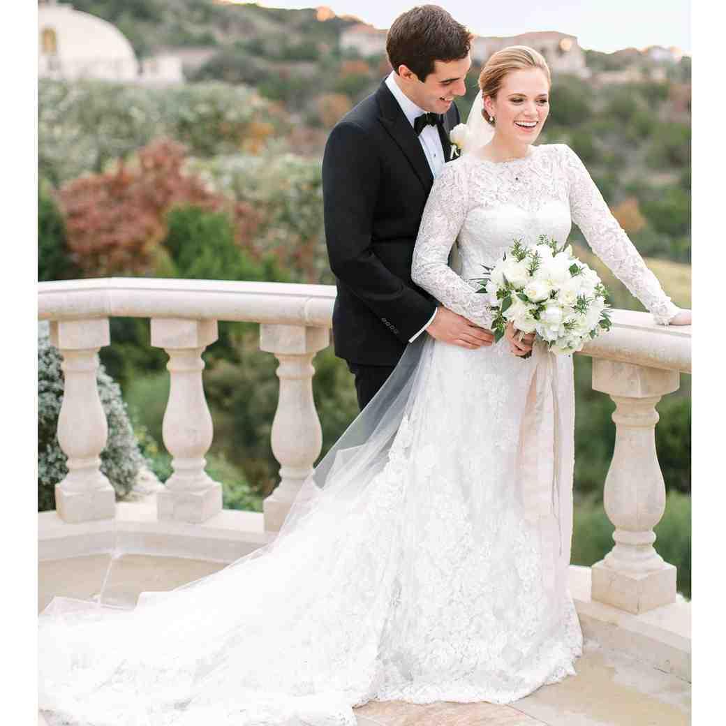 A Winter Wedding at a Villa in Austin