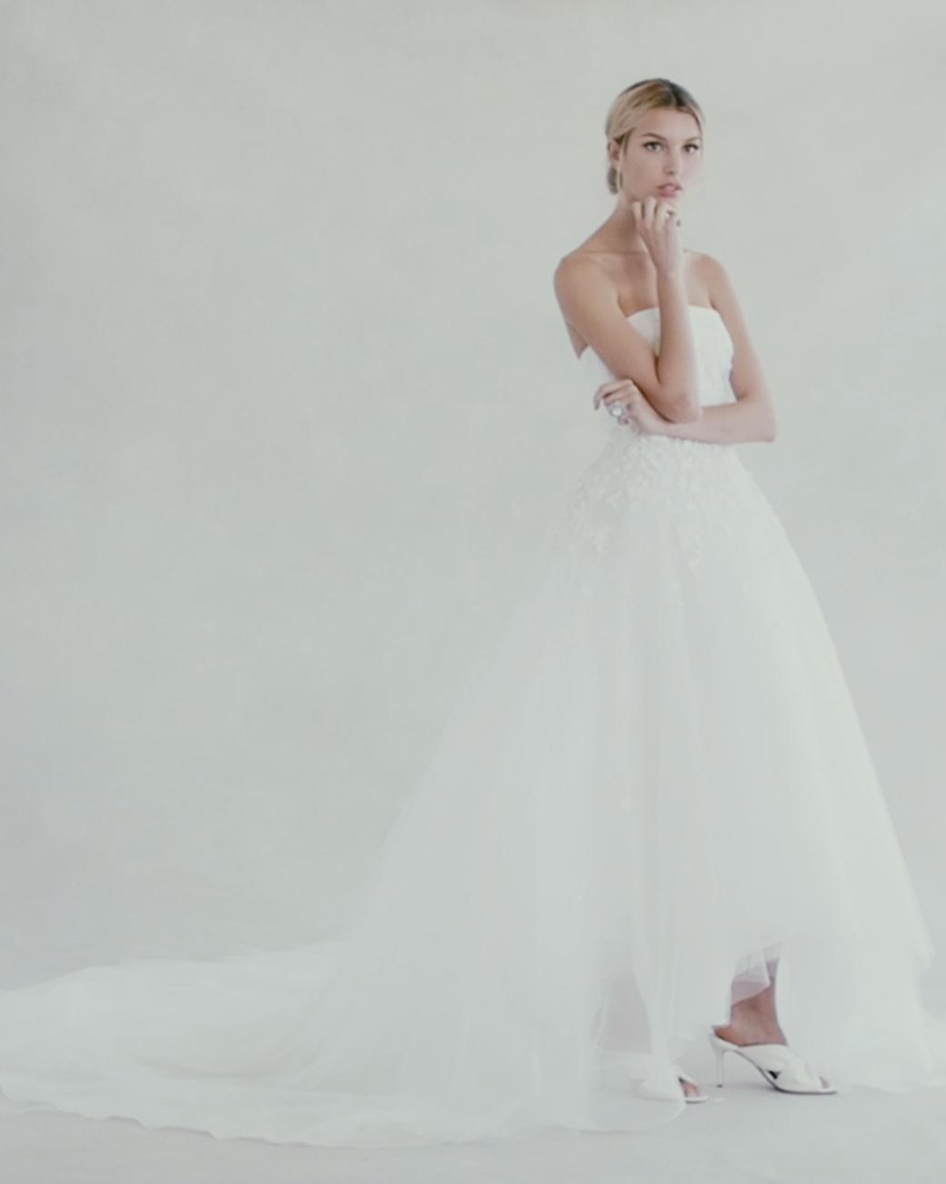 A sneak peek at Oscar de la Renta's Fall 2017 wedding dress collection