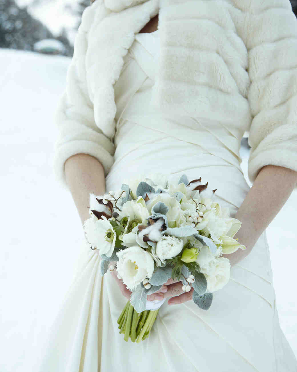 Old Fashioned Winter Wonderland Wedding Flowers Pictures - The ...