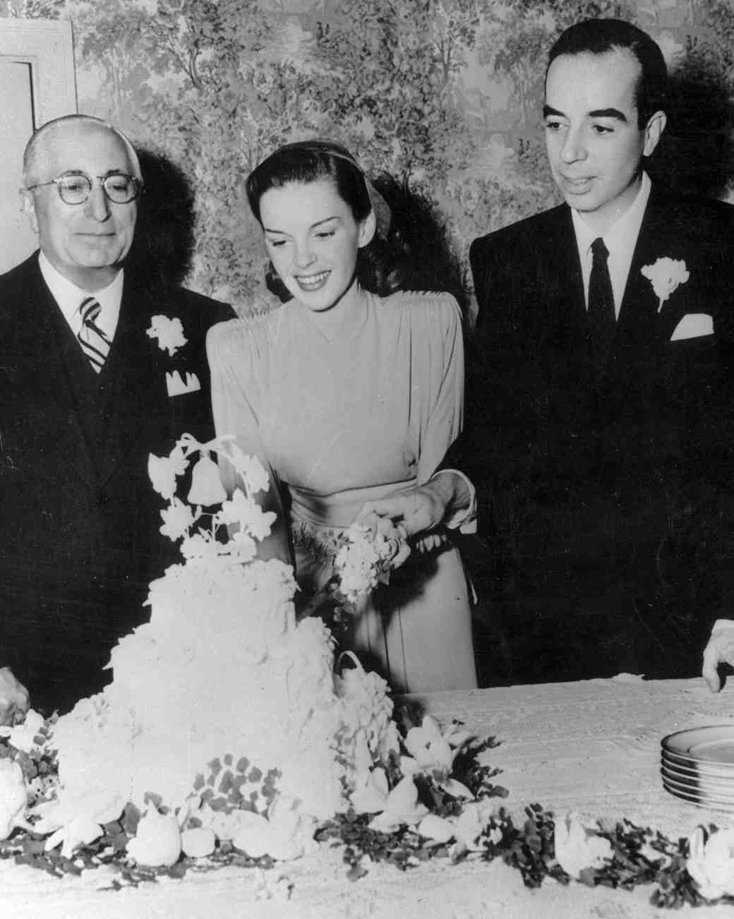 16 Vintage Celebrity Wedding Cakes You Ve Probably Never