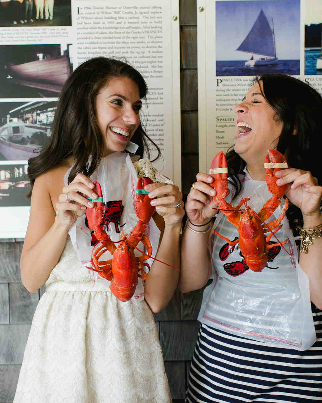 lindsay-garrett-rehearsaldinner-lobster-0215-s111850-0415.jpg