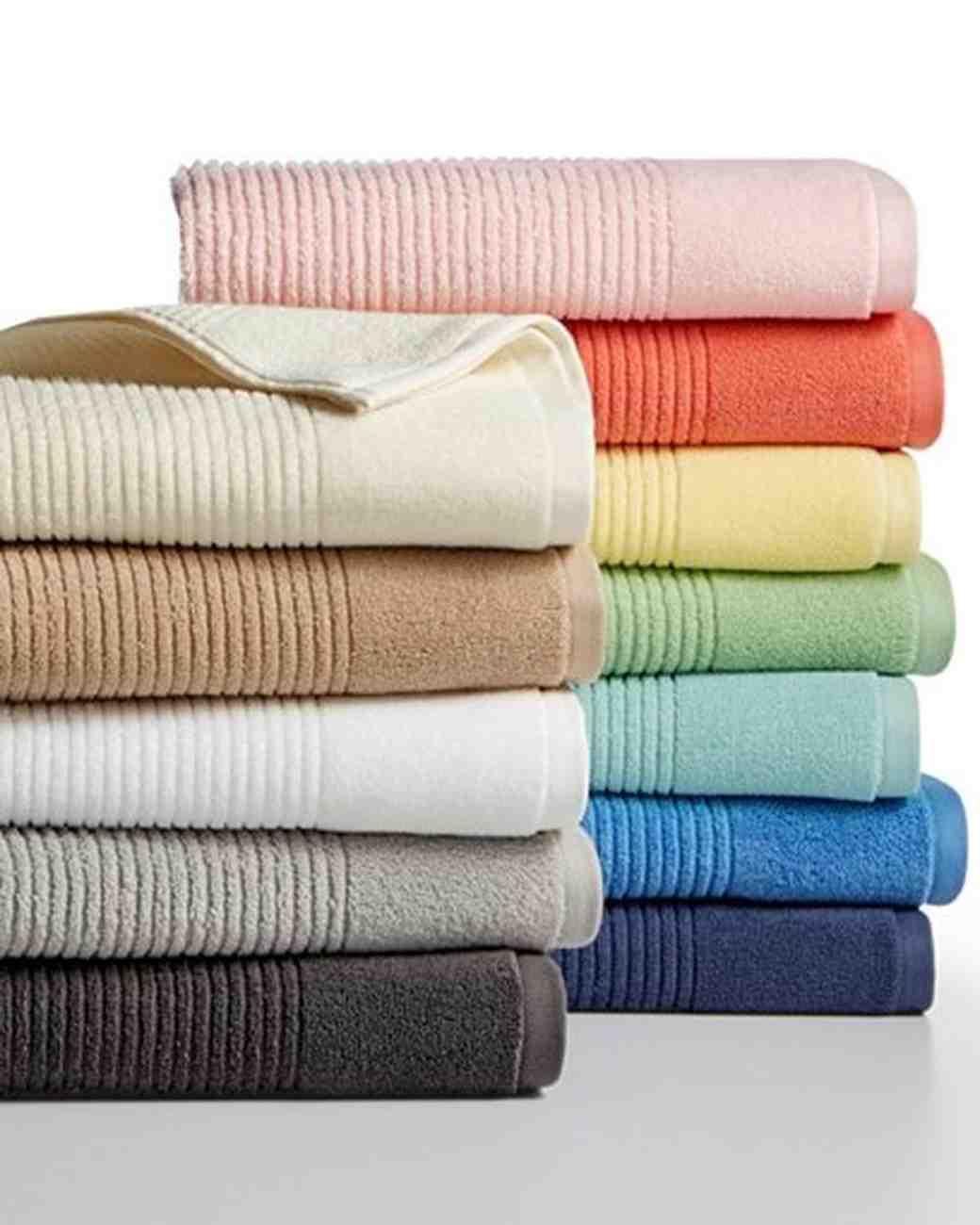 assorted bath towels