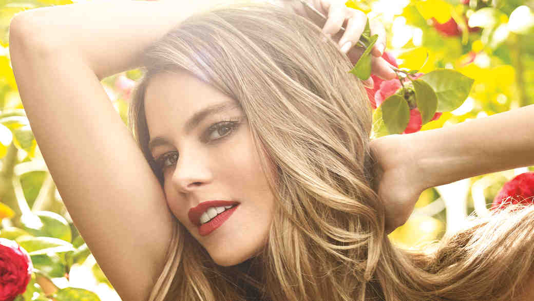 How to Get Sofia Vergara's Classic Red Lip Look