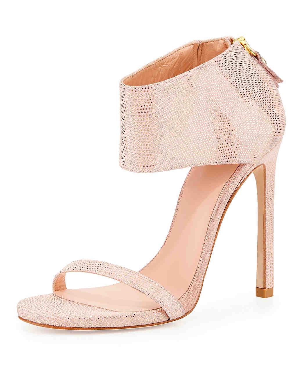 summer-wedding-shoes-stuart-weitzman-showgirl-sandal-0515.jpg