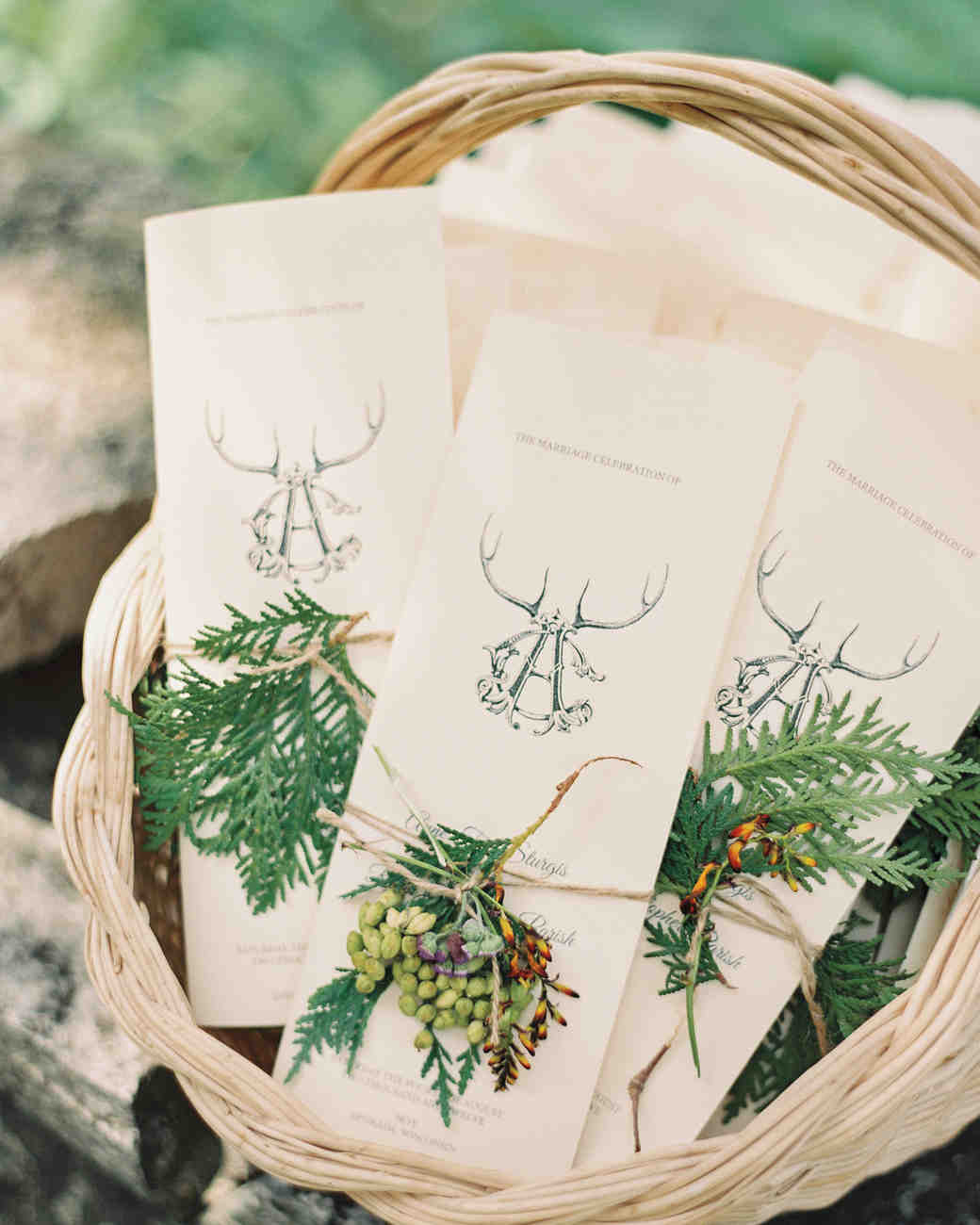 basket-invitations-evergreen-door-county-wi-041-mwds110744.jpg