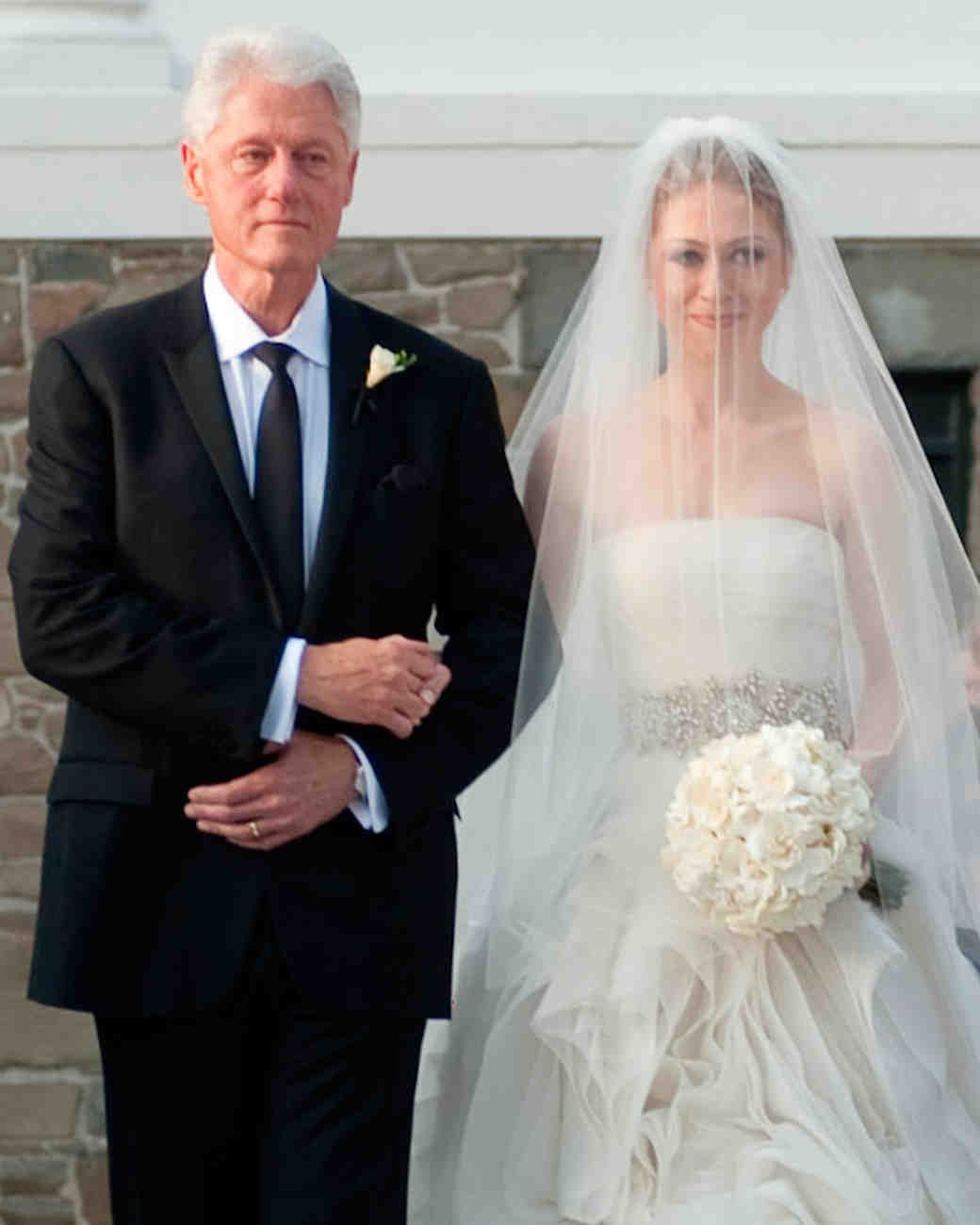 Chelsea linton weddings chelsealintonweddings com read more http - 26 Celebrity Brides Who Wore Unforgettable Veils Martha Stewart Weddings