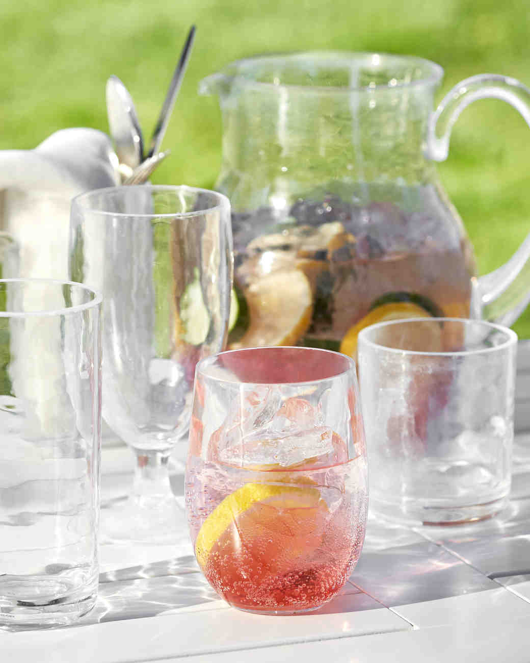 Best Place To Register For Wedding: 14 Outdoor Entertaining Items To Add To Your Wedding
