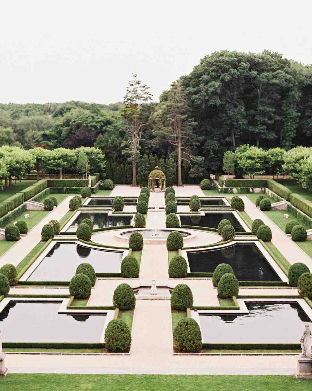 rebecca-david-wedding-new-york-oheka-castle-garden-d112241.jpg