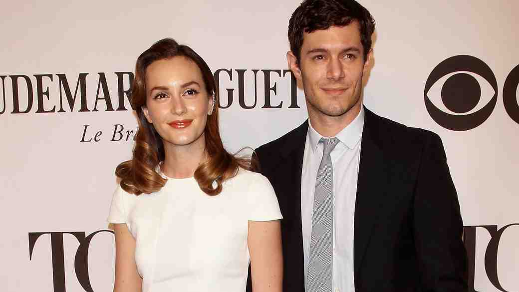 "Leighton Meester and Adam Brody ""Laugh"" About Blair Waldorf Marrying Seth Cohen"