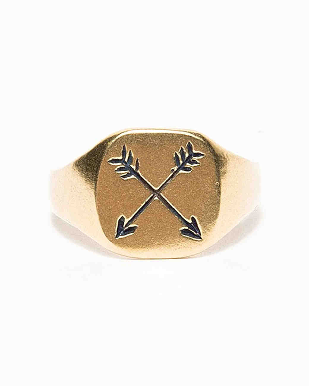 valentines-day-gifts-for-guys-needsupplyco-arrow-ring-0216.jpg