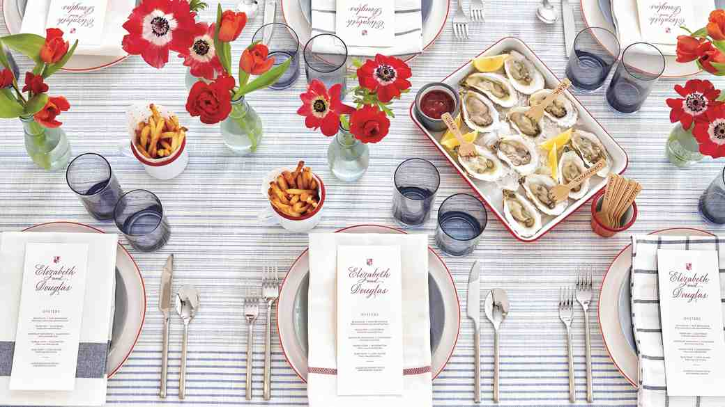 8 Chic Ways to Incorporate Red and Blue Wedding Colors