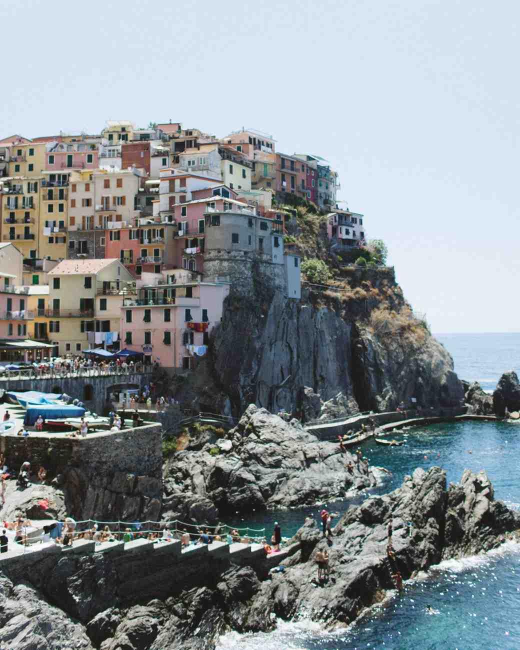 travel-honeymoon-diaries-houses-on-rocky-hill-italy-s112936.jpg