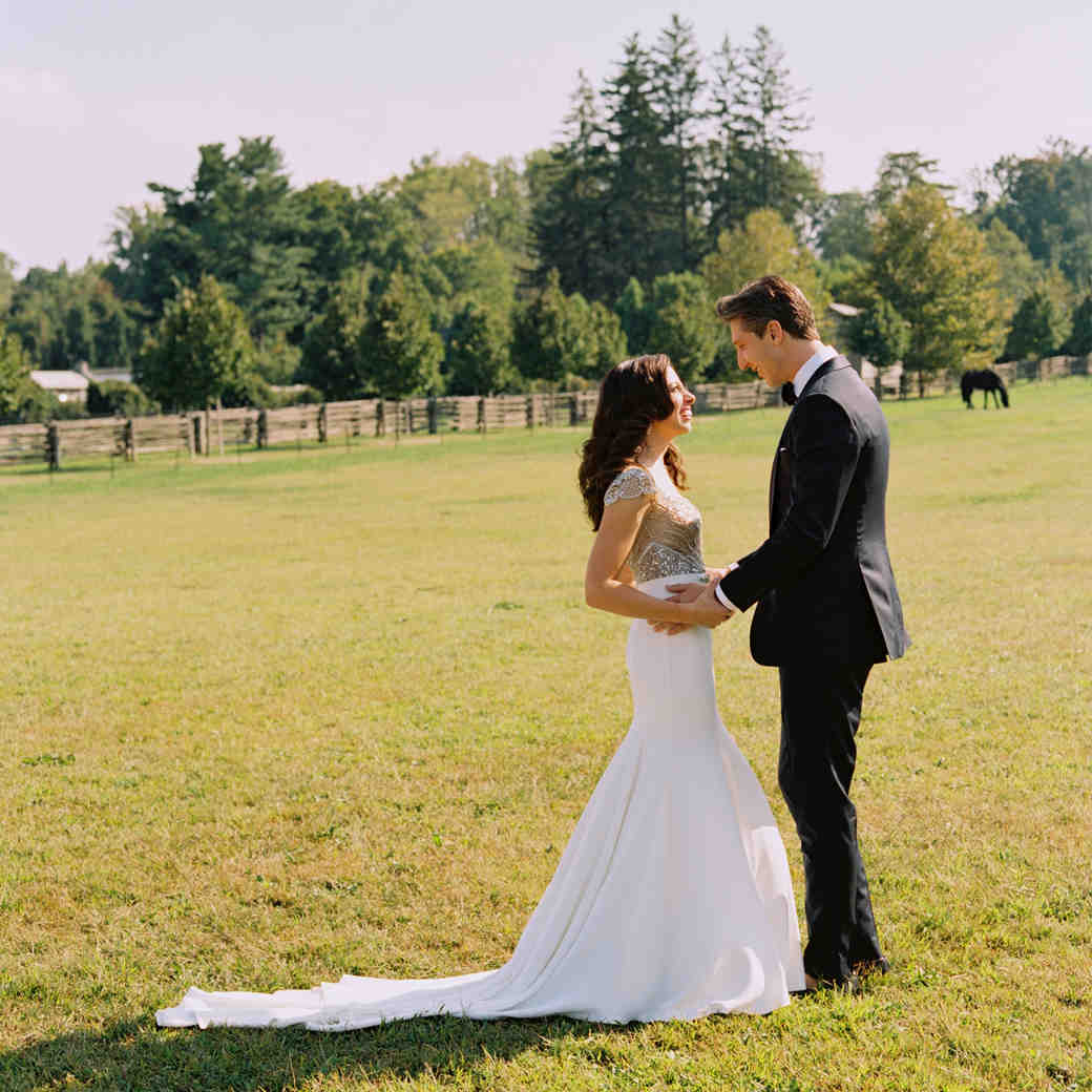 How to Determine the Formality of Your Own Wedding