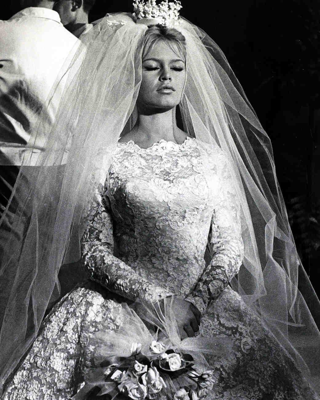 movie-wedding-dresses-come-dance-with-me-brigitte-bardot-0516.jpg