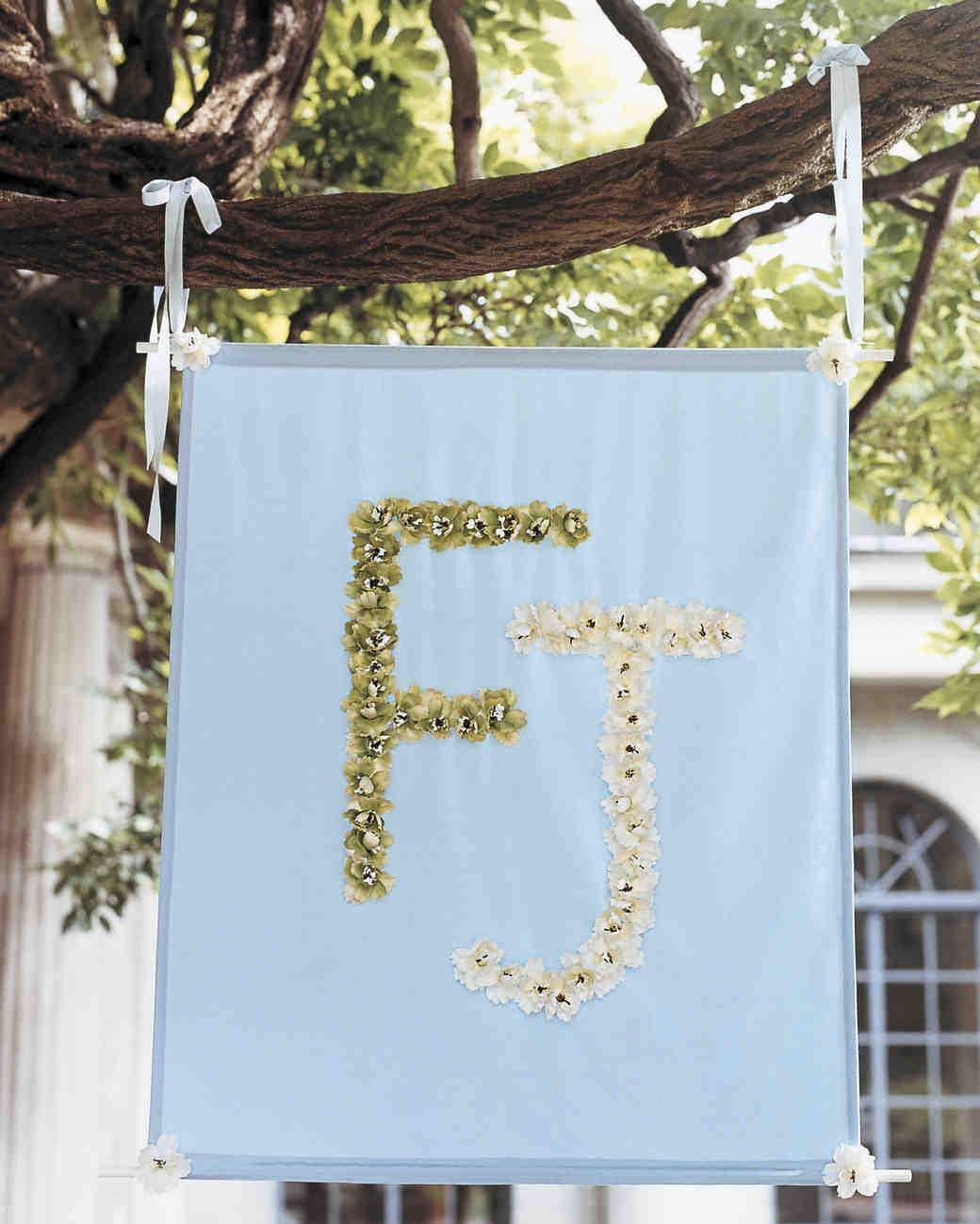 Outdoor Wedding Decorations That Are Easy To DIY   Martha Stewart Weddings