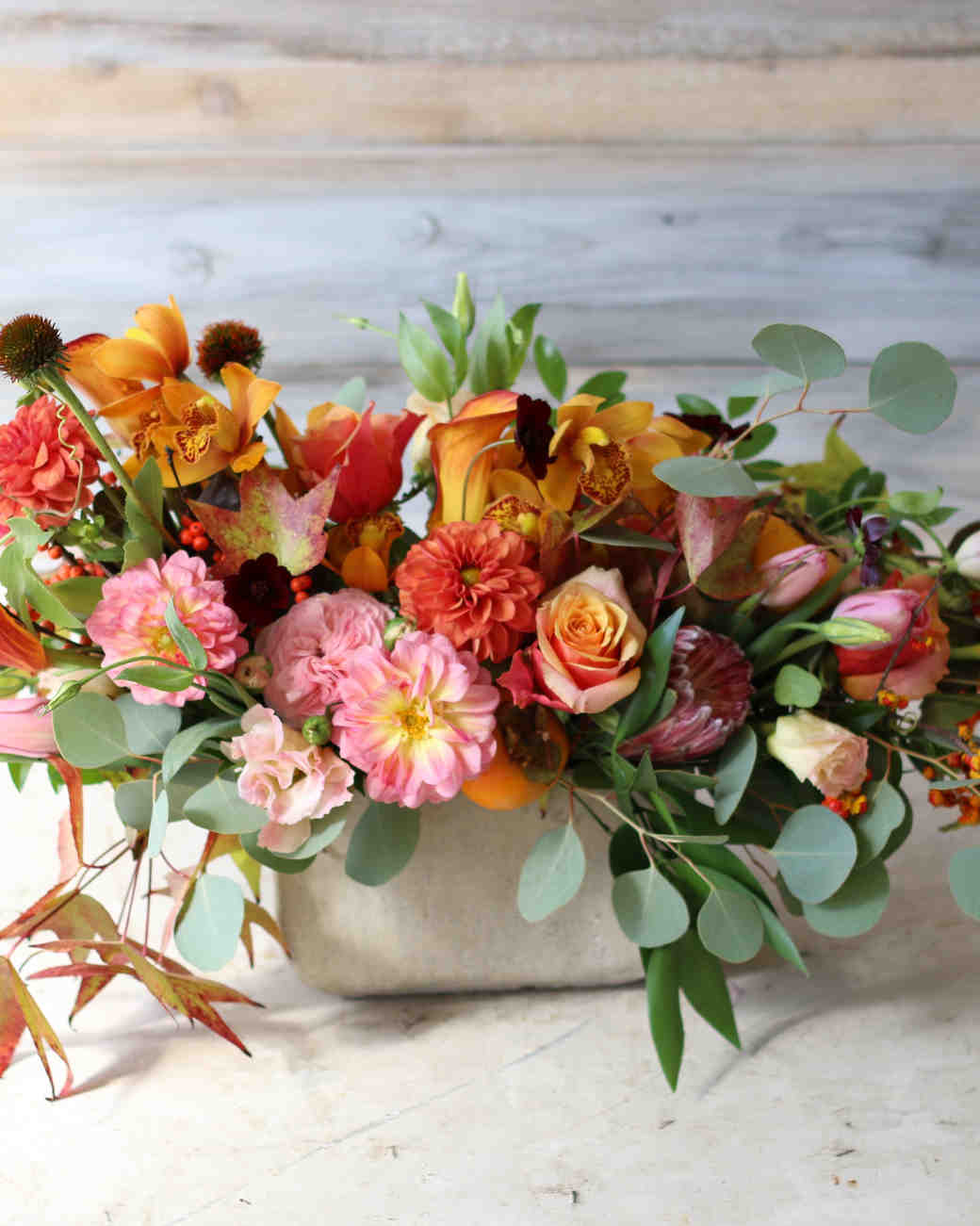 In season flowers that are perfect for a fall wedding