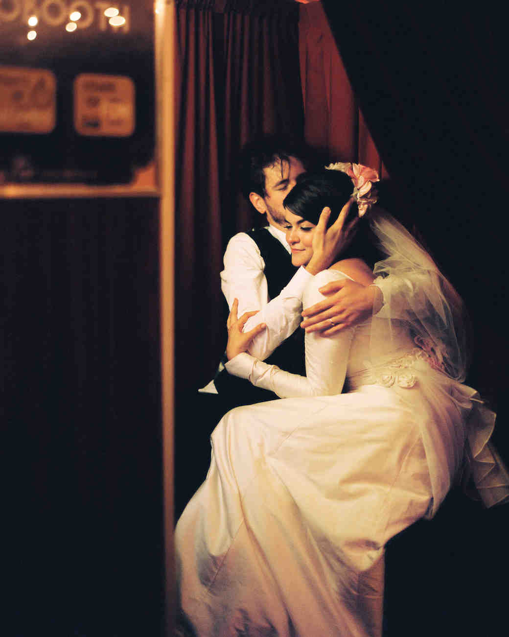 carrie-dan-reception-bride-groom-photo-booth-053114-r-123-s111627.jpg