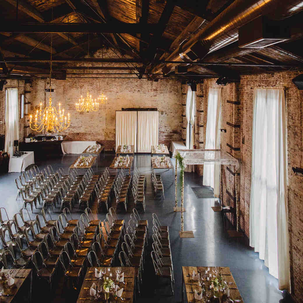 How to Find a Wedding Venue—Without Getting Overwhelmed