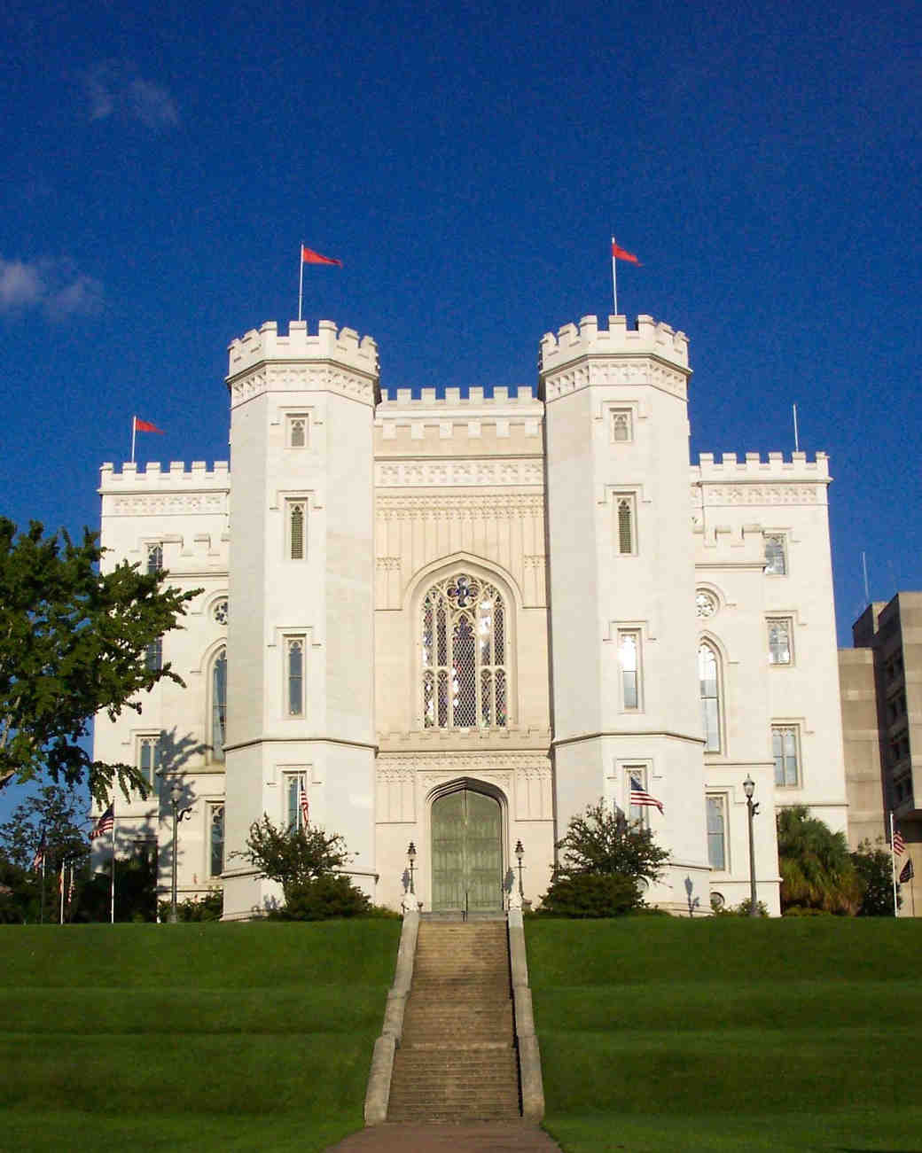castle-wedding-venues-louisiana-old-state-capitol-baton-rouge-0115.jpg