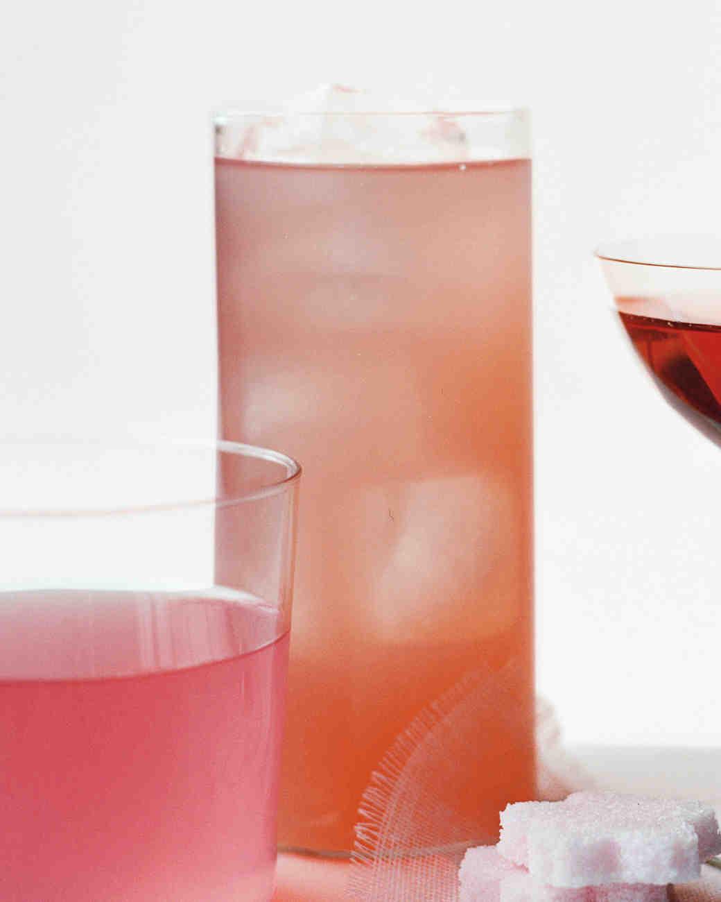 wedding-mocktail-recipes-cherry-blossom-tea-pink-lemonade-sp10-0915.jpg