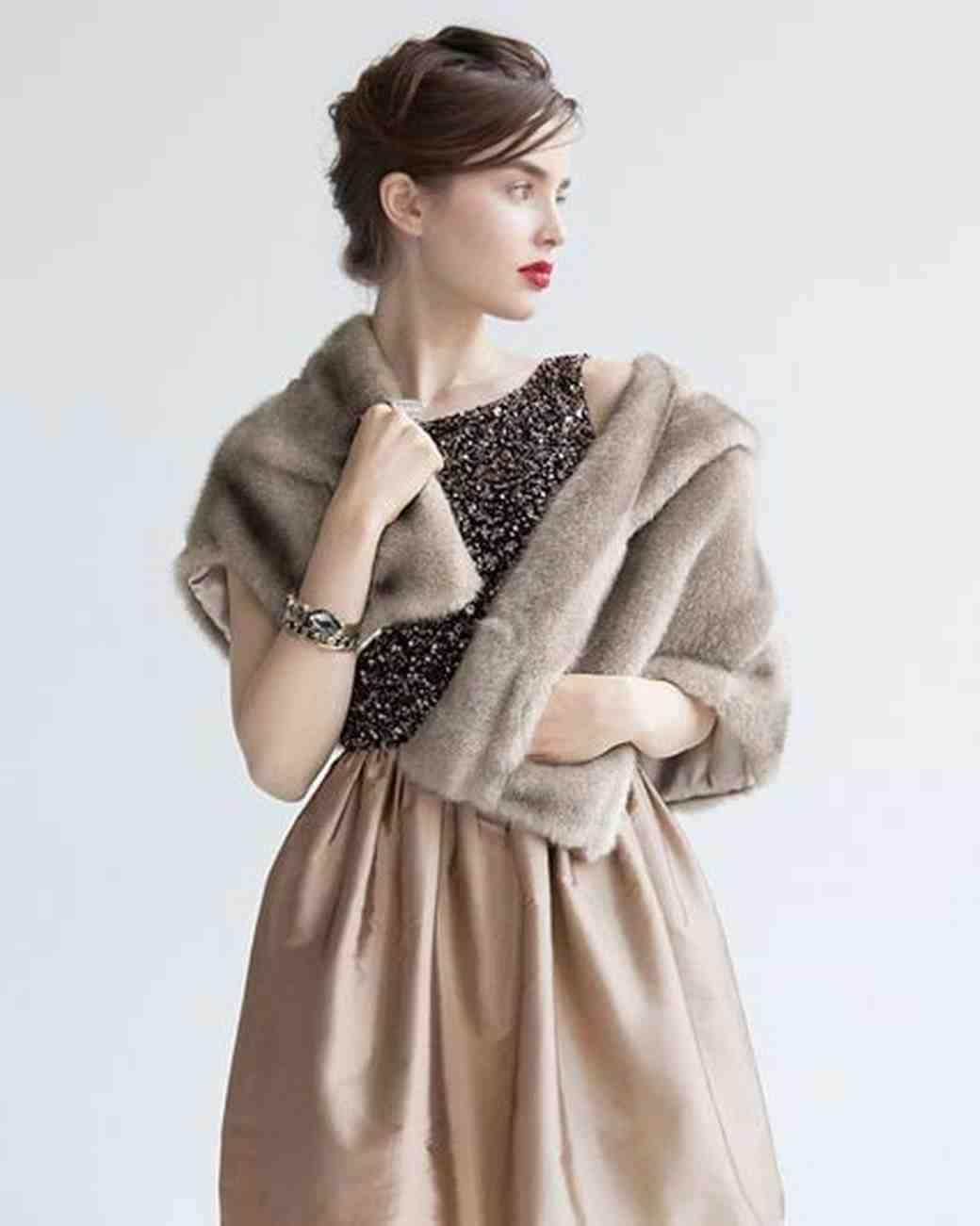 will-you-be-my-bridesmaid-idea-nordstrom-eliza-j-faux-fur-wrap-0216.jpg