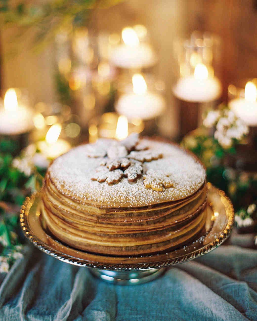 Cinnamon Bun Wedding Cake