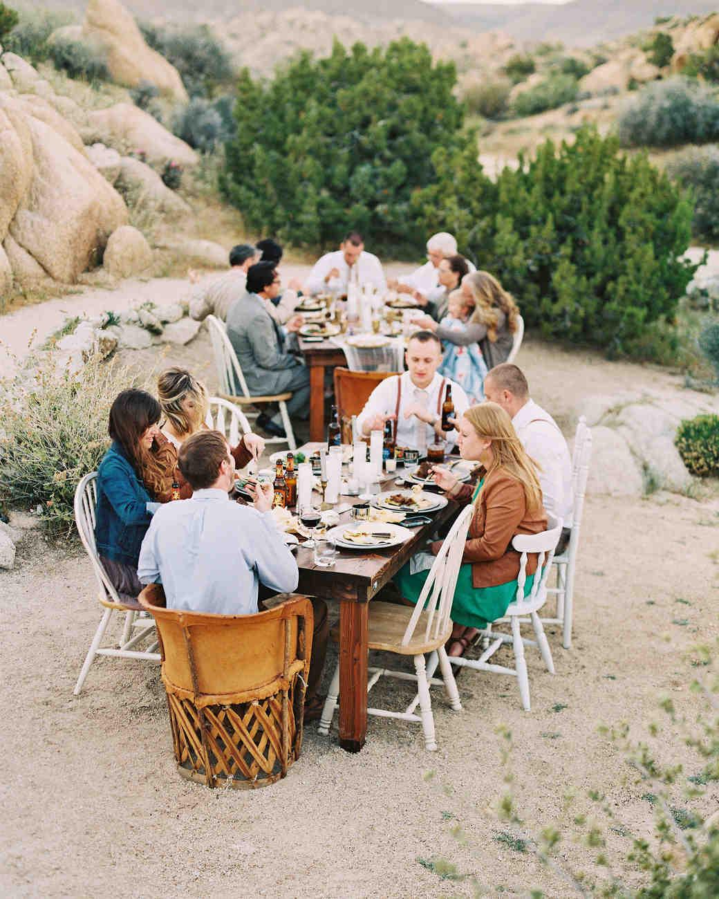 christine-josh-modern-desert-wedding-california-102803901-guests-dinner