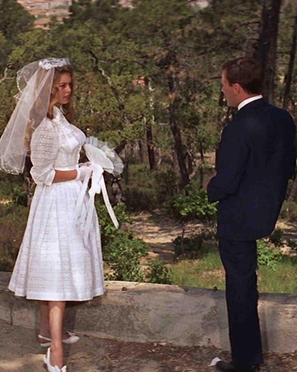 movie-wedding-dresses-and-god-created-woman-brigitte-bardot-shirtdress-0516.jpg
