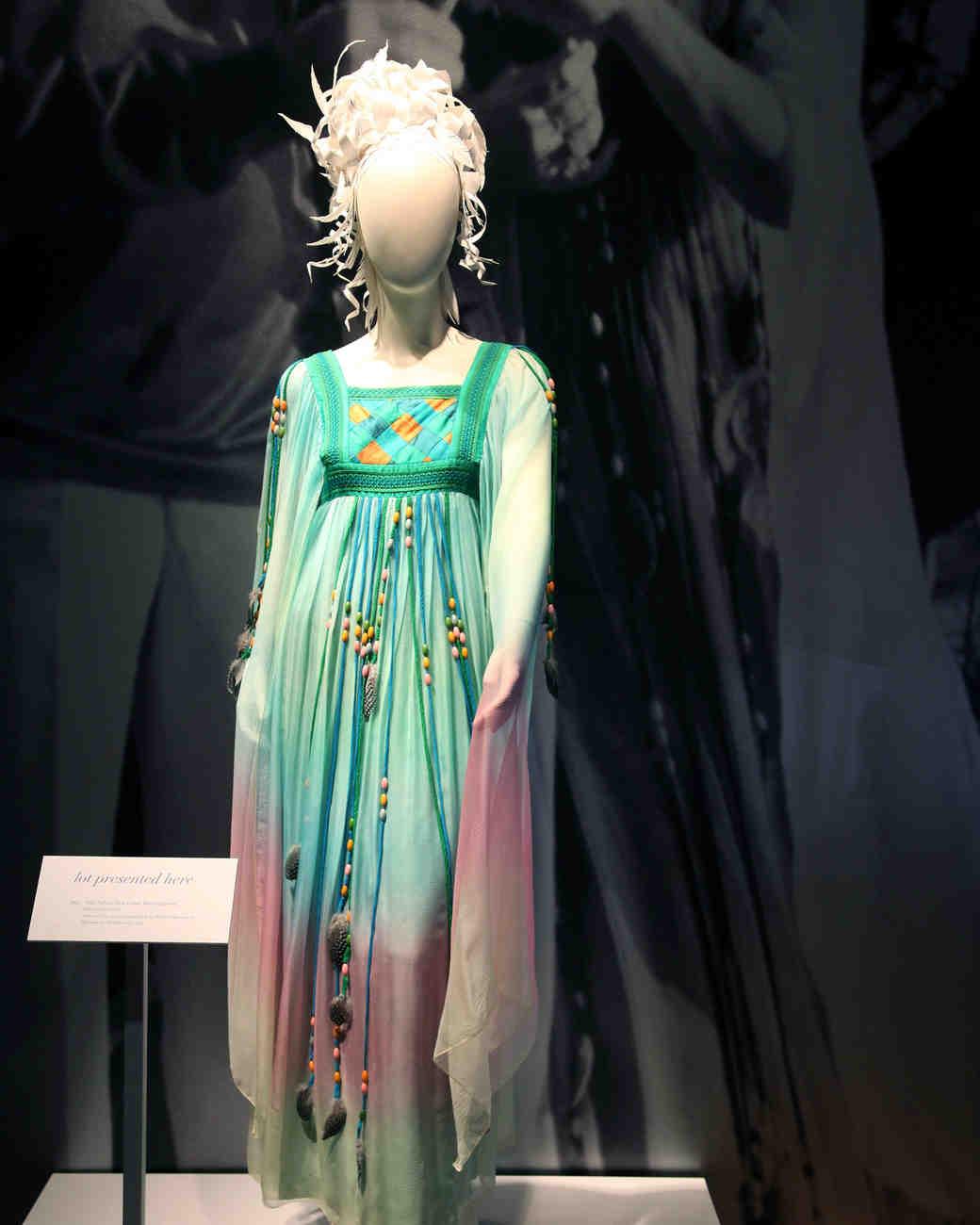 celebrity-colorful-wedding-dresses-elizabeth-taylor-green-gettyimages-134450957-0815.jpg