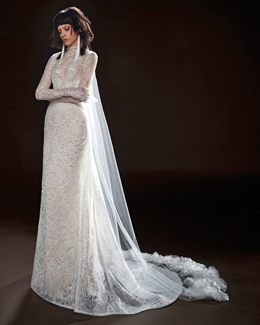 vera wang wedding dress spring 2018 lace long sleeve high neck