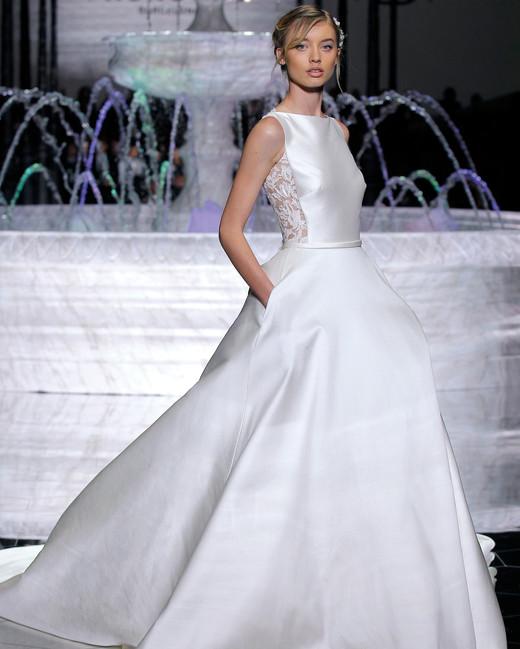 pronovias flowing a-line wedding dress spring 2018