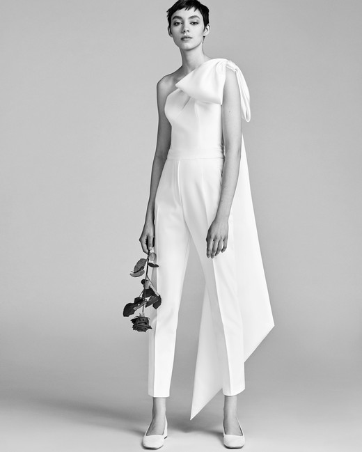 Viktor&Rolf One-Shoulder Wedding Outfit Spring 2018