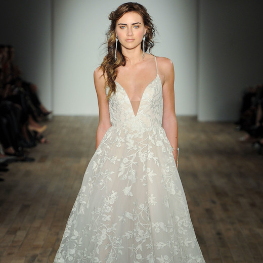 jim hjelm by hayley paige v-neck wedding dress spring 2018