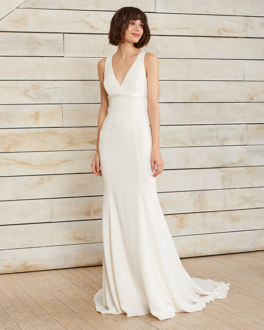 nouvelle amsale v-neck trumpet wedding dress spring 2018