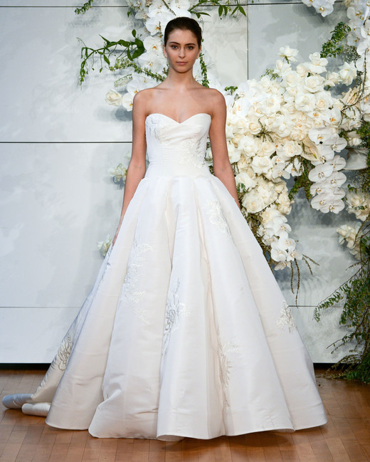 monique lhuillier sweetheart ballgown wedding dress spring 2018
