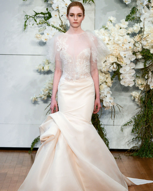monique lhuillier mermaid sweetheart wedding dress spring 2018