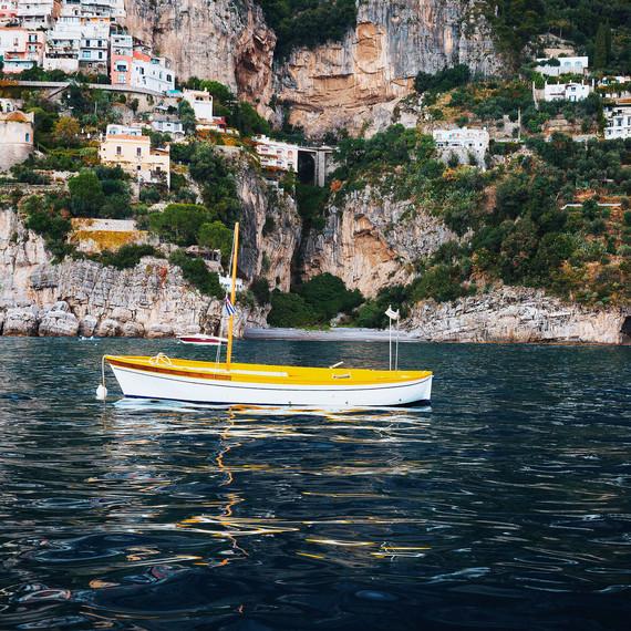 louise roe honeymoon italy boat water