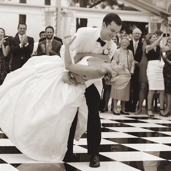 wedding dance dip