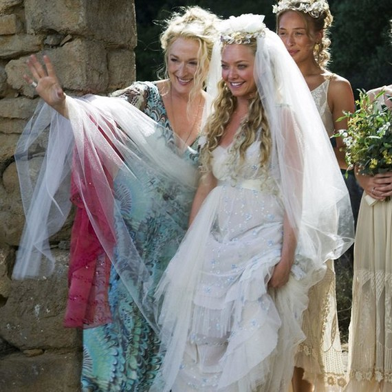 mamma-mia-wedding-dress-0515